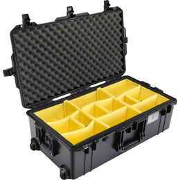 Pelican 1615 Air w/ Dividers Black