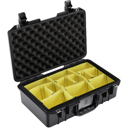 Pelican 1485 Air w/ Dividers Black