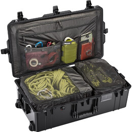 Pelican 1615 Air Travel Case - Black
