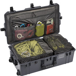 Pelican 1615 Air Travel Case - Charcoal